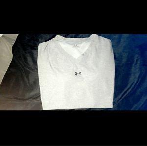 Women's UA shirt